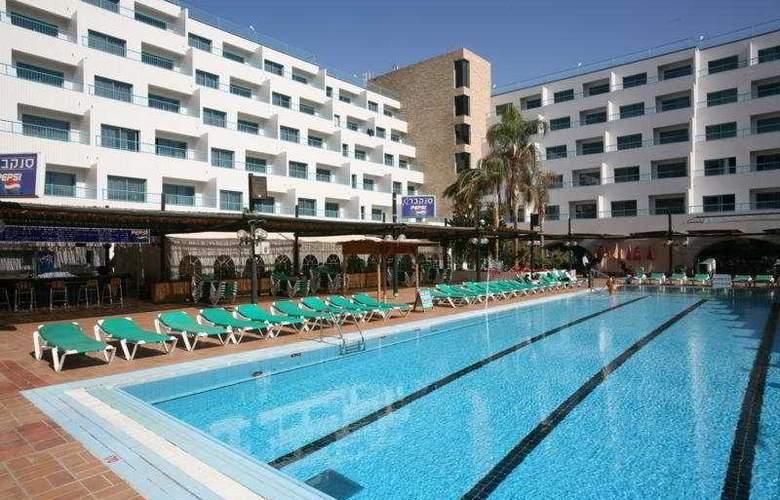 Nova Like Hotel - Pool - 7