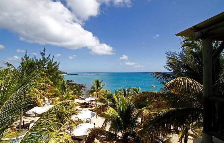 Hibiscus Beach Resort & Spa - Hotel - 11