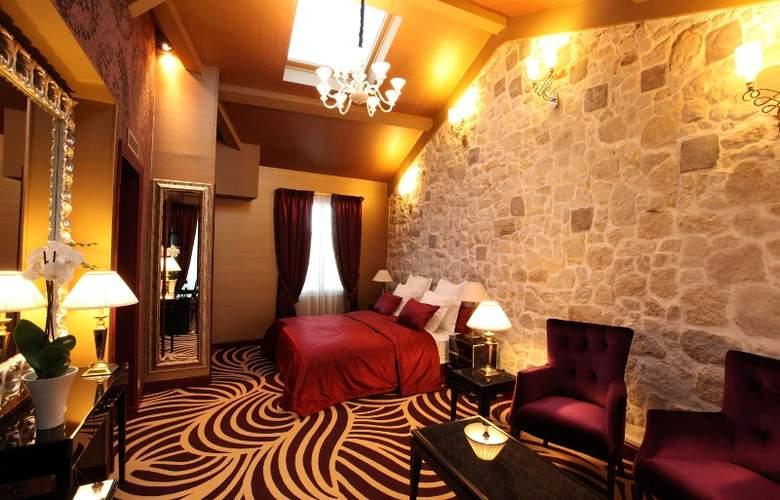 LE SQUARA - Hotel - 1