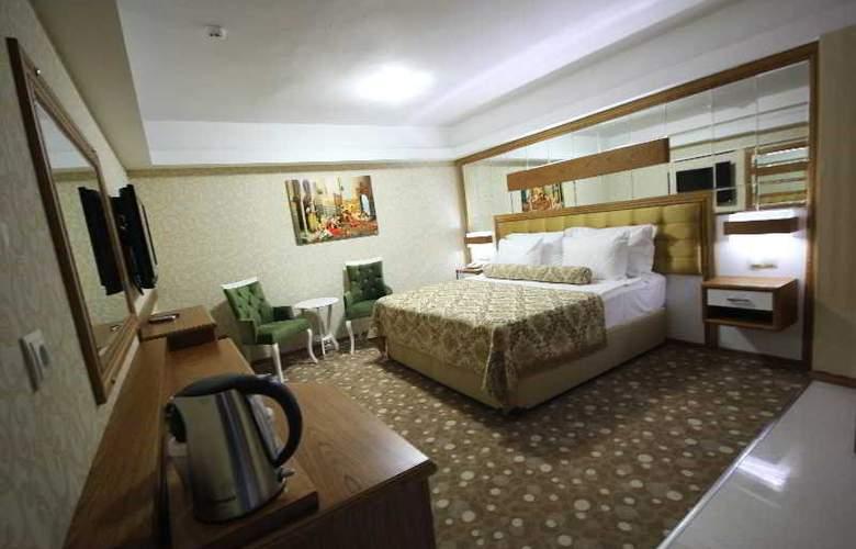 Grand Corner Boutique Hotel - Room - 5