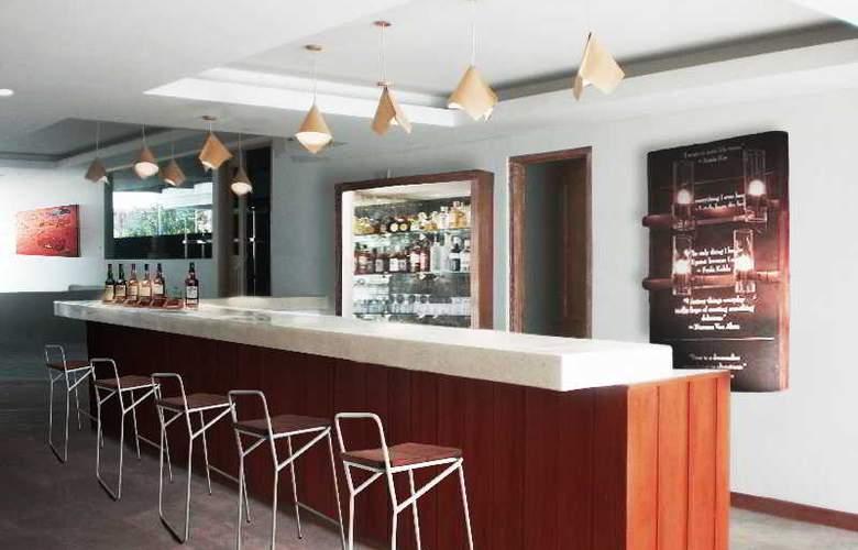 The Alea Hotel - Bar - 21