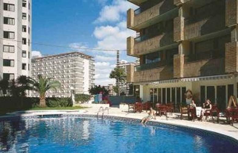 Levante Beach Apartamentos - Hotel - 0