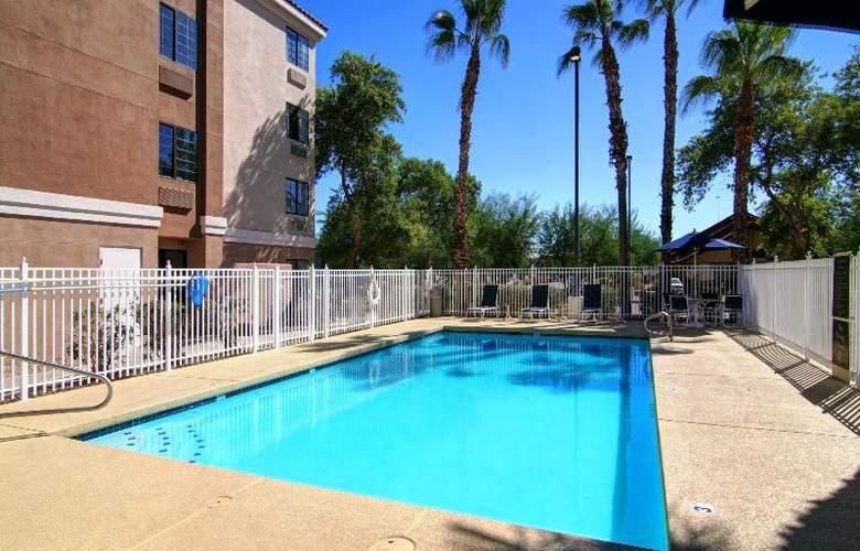 Comfort Inn Chandler - Phoenix South - Pool - 11
