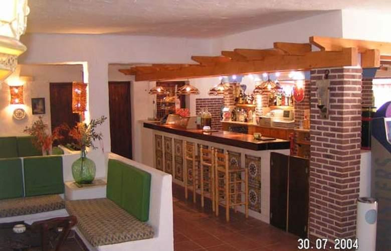Hostal Casbah - Hotel - 2