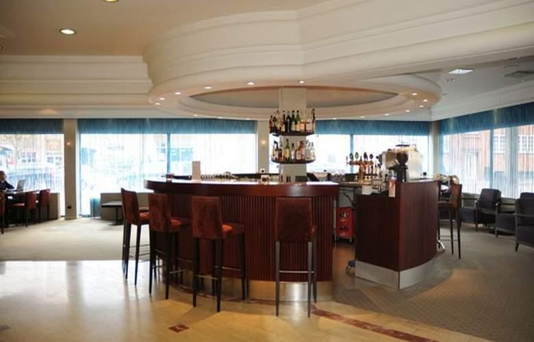 Quality Airport Hotel Dan - Bar - 9