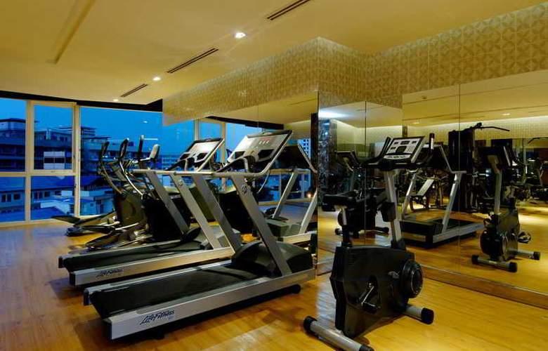 Centara Nova Hotel and Spa Pattaya - Sport - 32