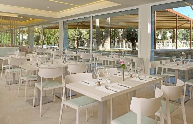 Iberostar Cristina - Restaurant - 22