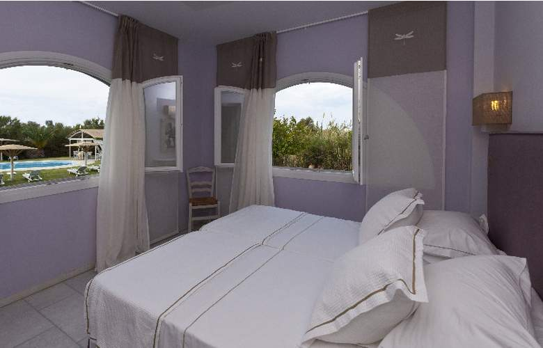 Ammos Naxos Exclusive Apartment & Studios - Room - 4
