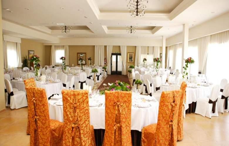 Mon Port Hotel Spa - Restaurant - 150