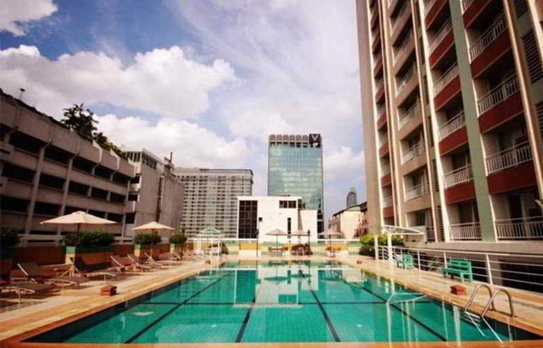 Evergreen Place - Pool - 4