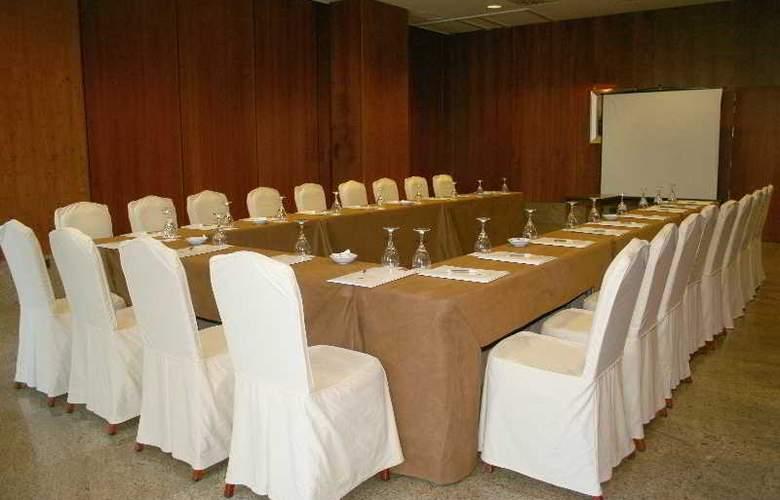 Egido las Provincias - Conference - 11