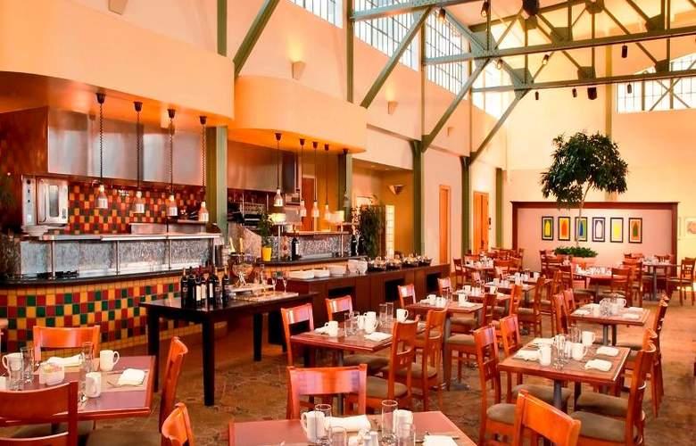 Sheraton Grand Sacramento - Restaurant - 13