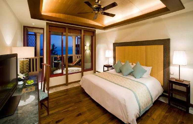Centara Grand Beach Resort Phuket - Room - 5