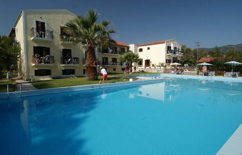 Sami Beach - Pool - 2