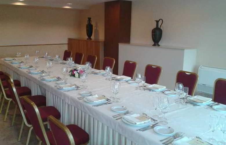 Sercotel Ciudad de Burgos - Restaurant - 73