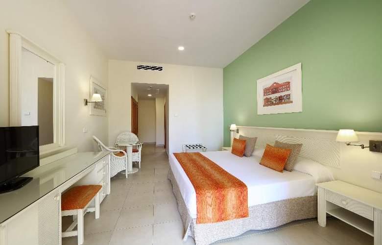 Sunlight Bahia Principe Costa Adeje - Room - 16