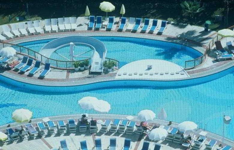 Ozkaymak Falez - Pool - 6
