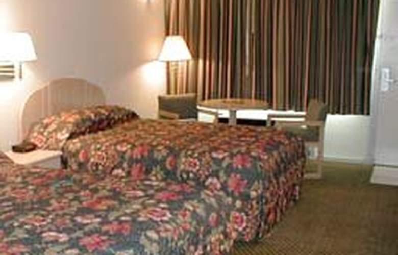 Quality Inn - Room - 3