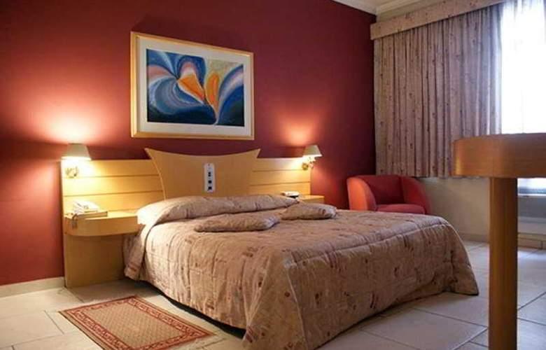 Hotel Del Rey - Room - 5