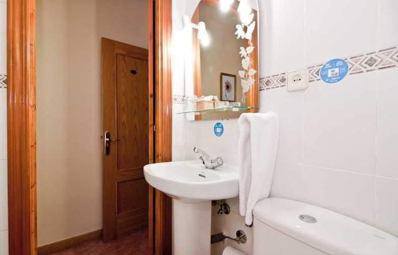 Oporto - Room - 31