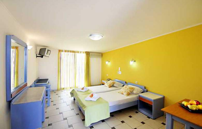 Canea Mare Hotel and Apartments - Room - 6