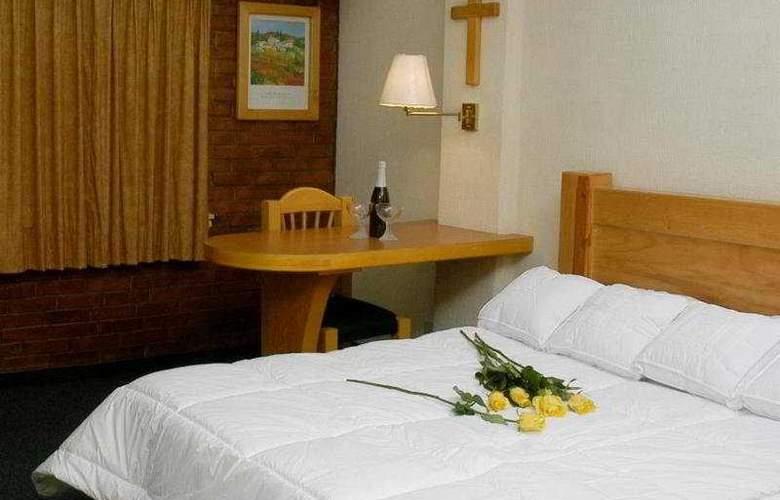 Campestre Inn Hotel & Residencias - Room - 8