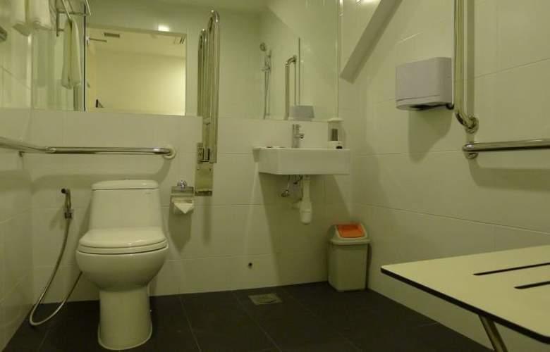 Soluxe Inn - Room - 9