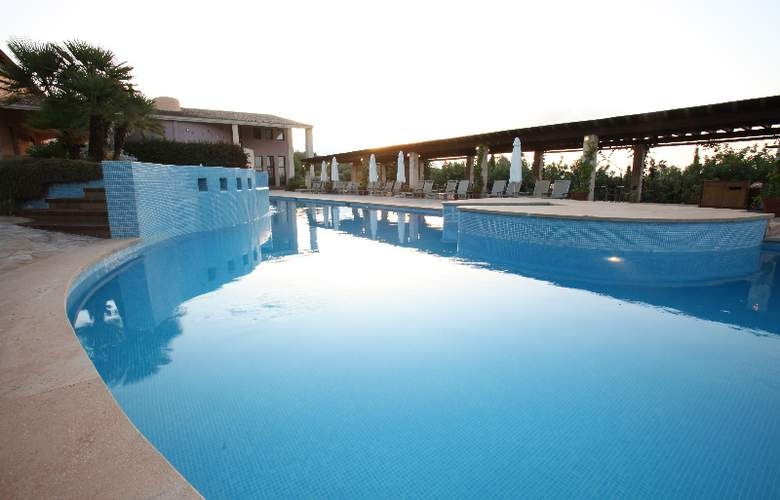 Sentido Pula Suites Boutique Resort - Pool - 19