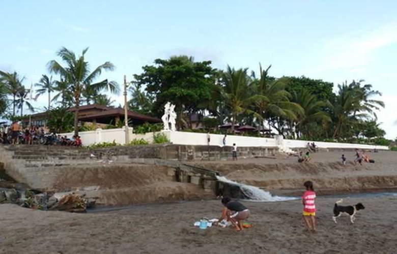 Legong Keraton Beach - Beach - 16