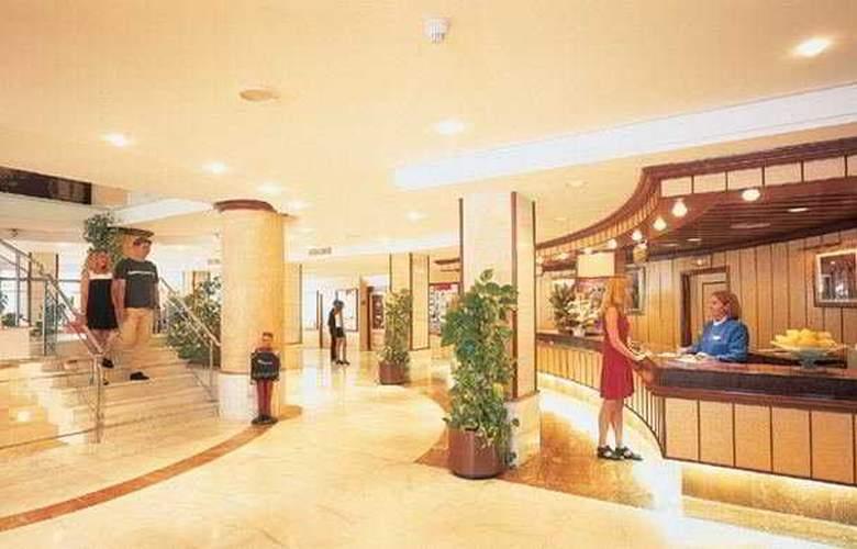 Grupotel Taurus Park Hotel - General - 1