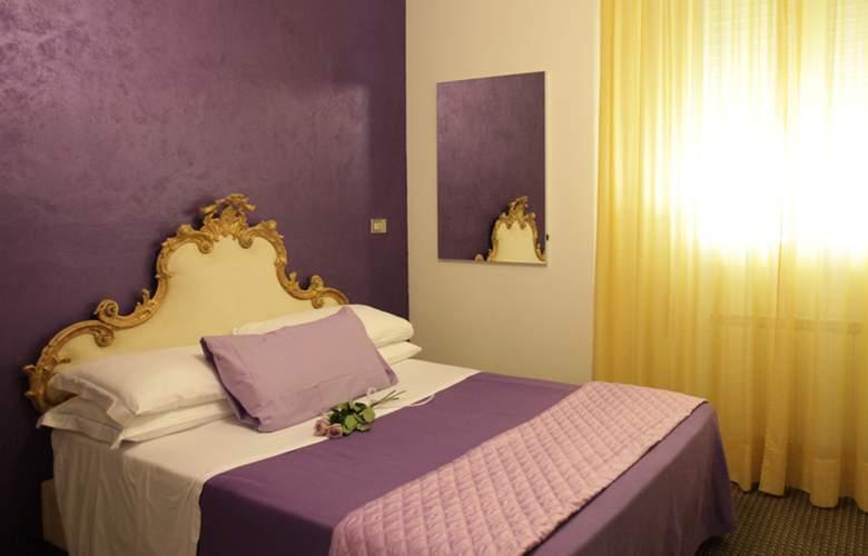 Art Hotel Mirano - Room - 10