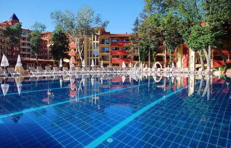 Grifid Hotel Bolero - Pool - 10
