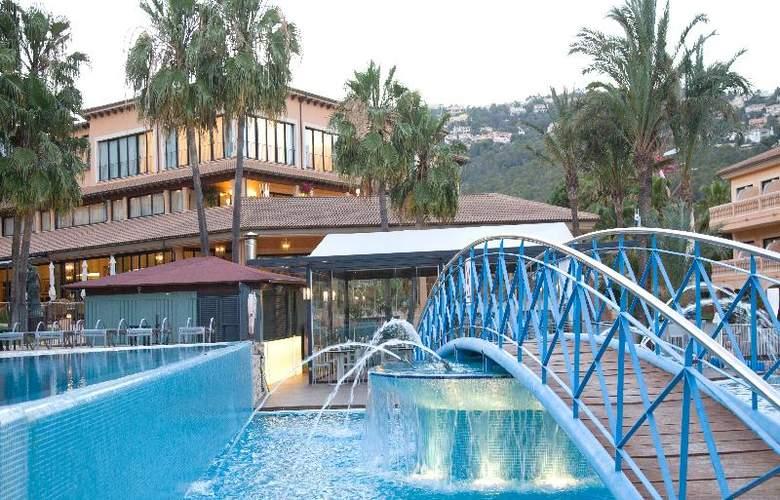 Mon Port Hotel Spa - Pool - 95