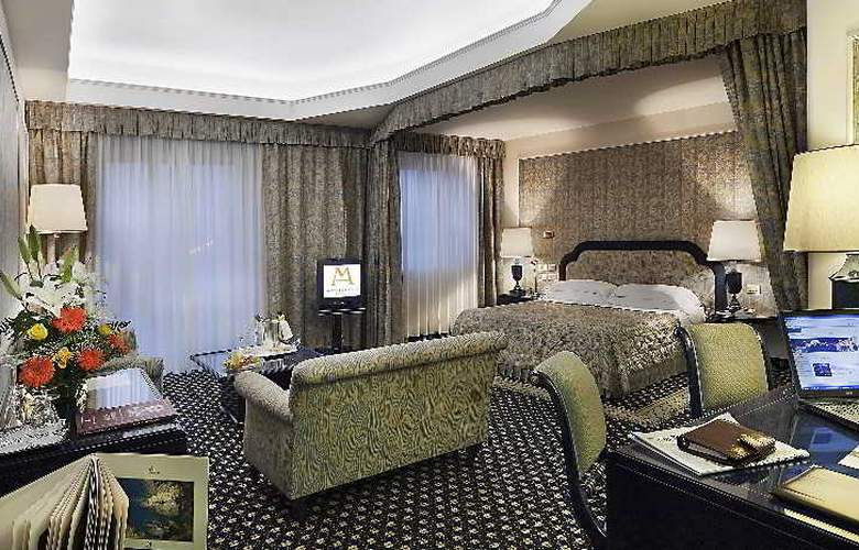 Excelsior Palace - Room - 8