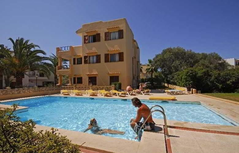 Gavimar Cala Ferrera - Pool - 4