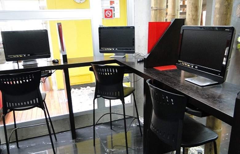 Estelar Apartamentos Aeropuerto Bogotá - Services - 3