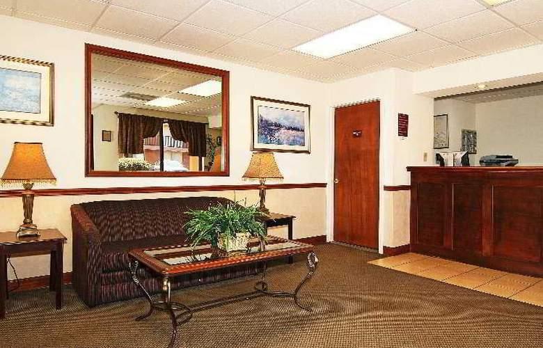 Econo Lodge & Suites Historic District - General - 1