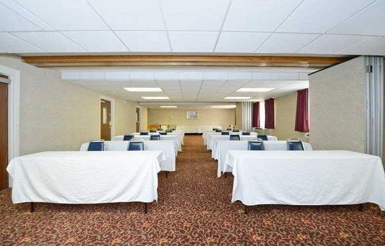 BEST WESTERN Hospitality Hotel - Hotel - 12