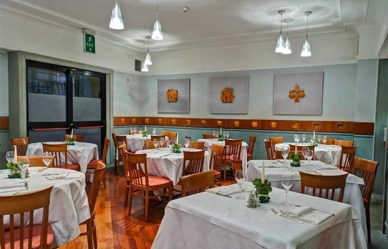 Best Western Plus Universo - Restaurant - 27