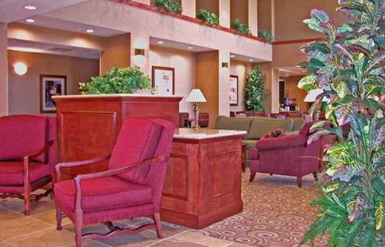 Hampton Inn & Suites Phoenix-Surprise - Hotel - 4