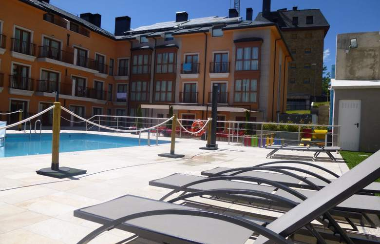 Jacetania Aparthotel & Spa - Pool - 3