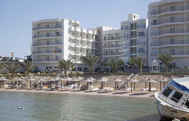 The Three Corners Royal Star Beach Resort - Hotel - 8