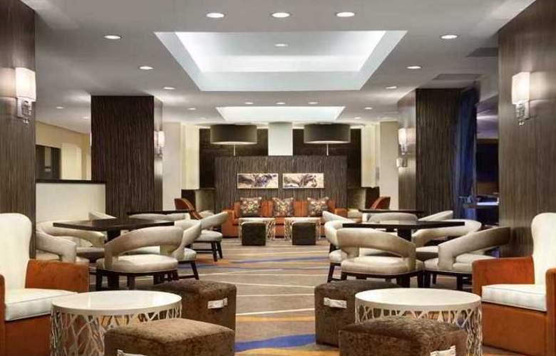 Hilton NY JFK Airport - Hotel - 1