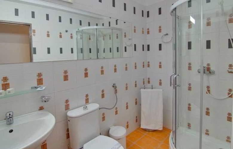 Tranzzit Hotel - Room - 7