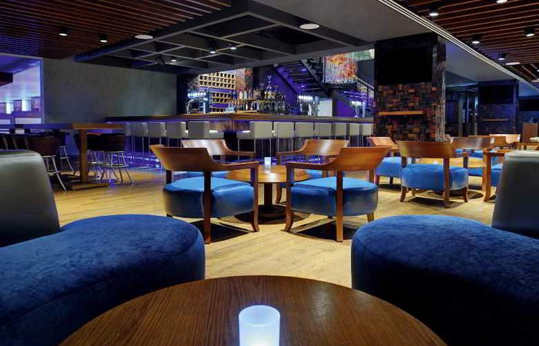 Movenpick Hotel Jumeirah Lakes Towers - Bar - 2