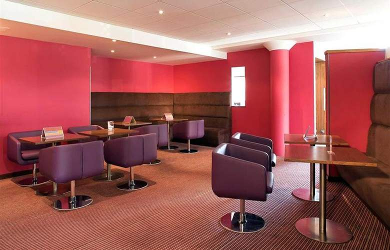 Novotel Stevenage - Bar - 30