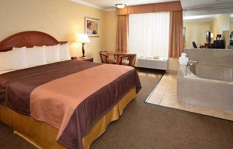 Best Western Airpark Hotel - Hotel - 10