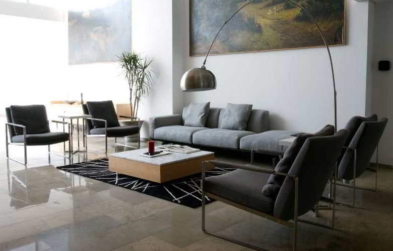 Camino Real Hotel & Suites Puebla - General - 9