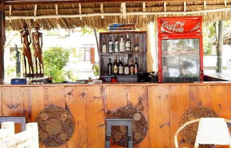La Madrugada Beach Hotel & Resort - Bar - 14