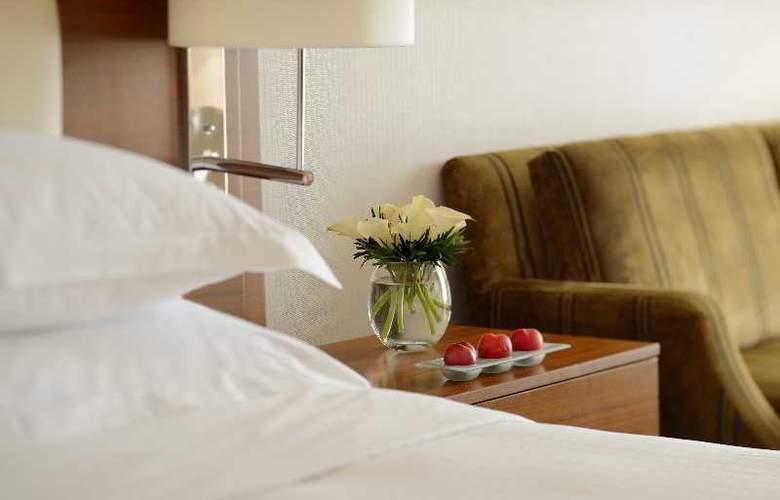 Movenpick Bur Dubai - Room - 18
